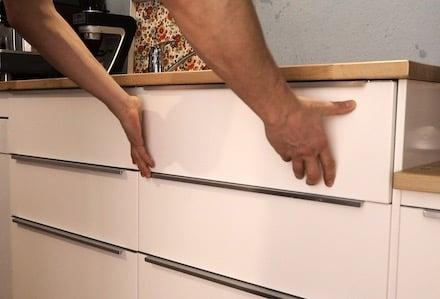 Ikea Küche Schublade ausbauen - eine Anleitung